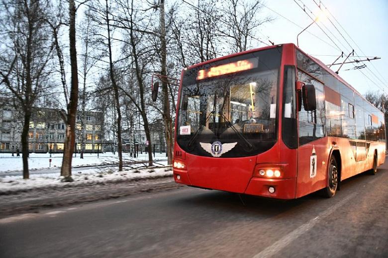 14 троллейбусов ходят по новой контактной сети по Тутаевскому шоссе