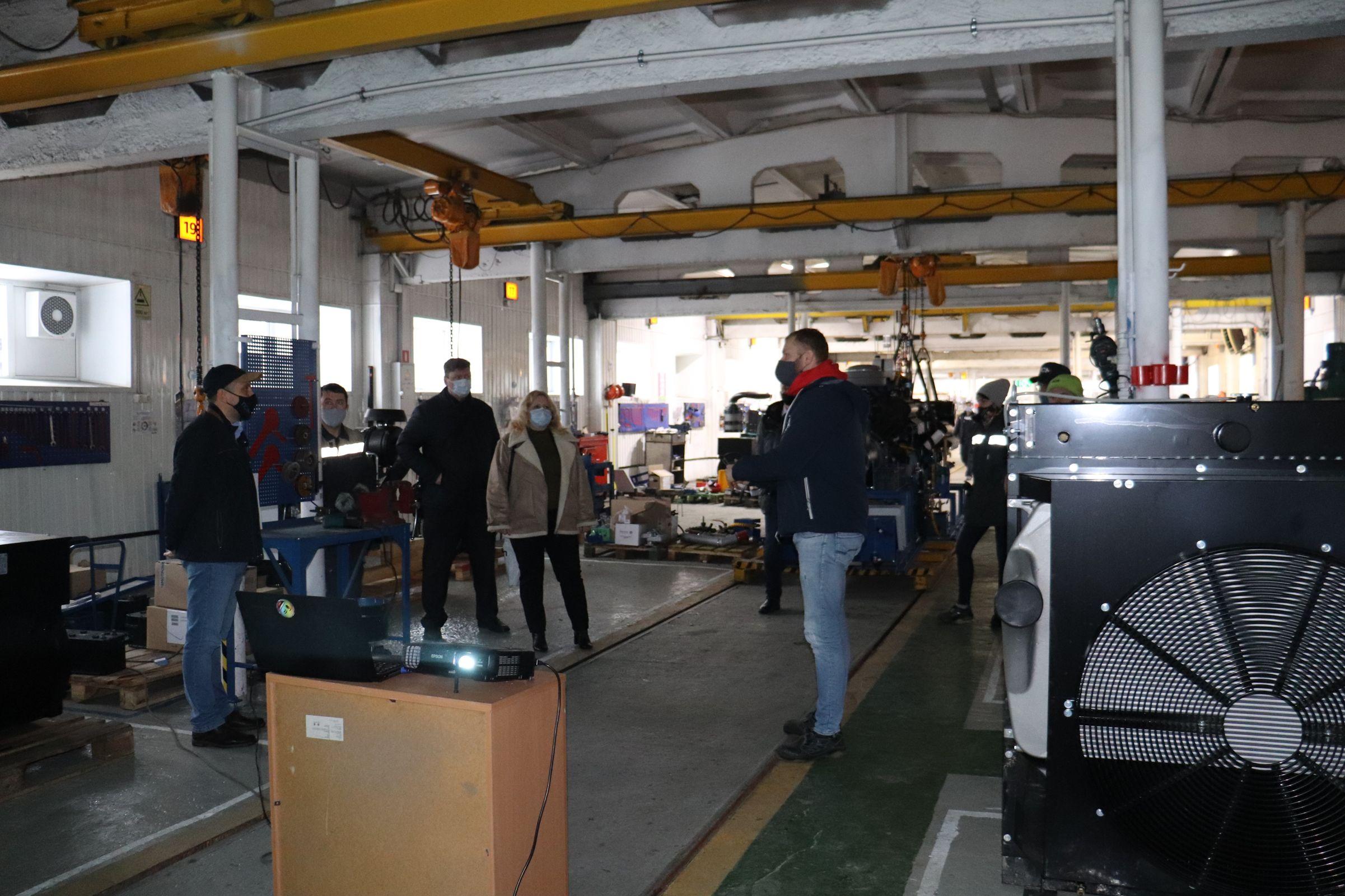 Экономические показатели ярославских предприятий помогла улучшить работа независимых консультантов