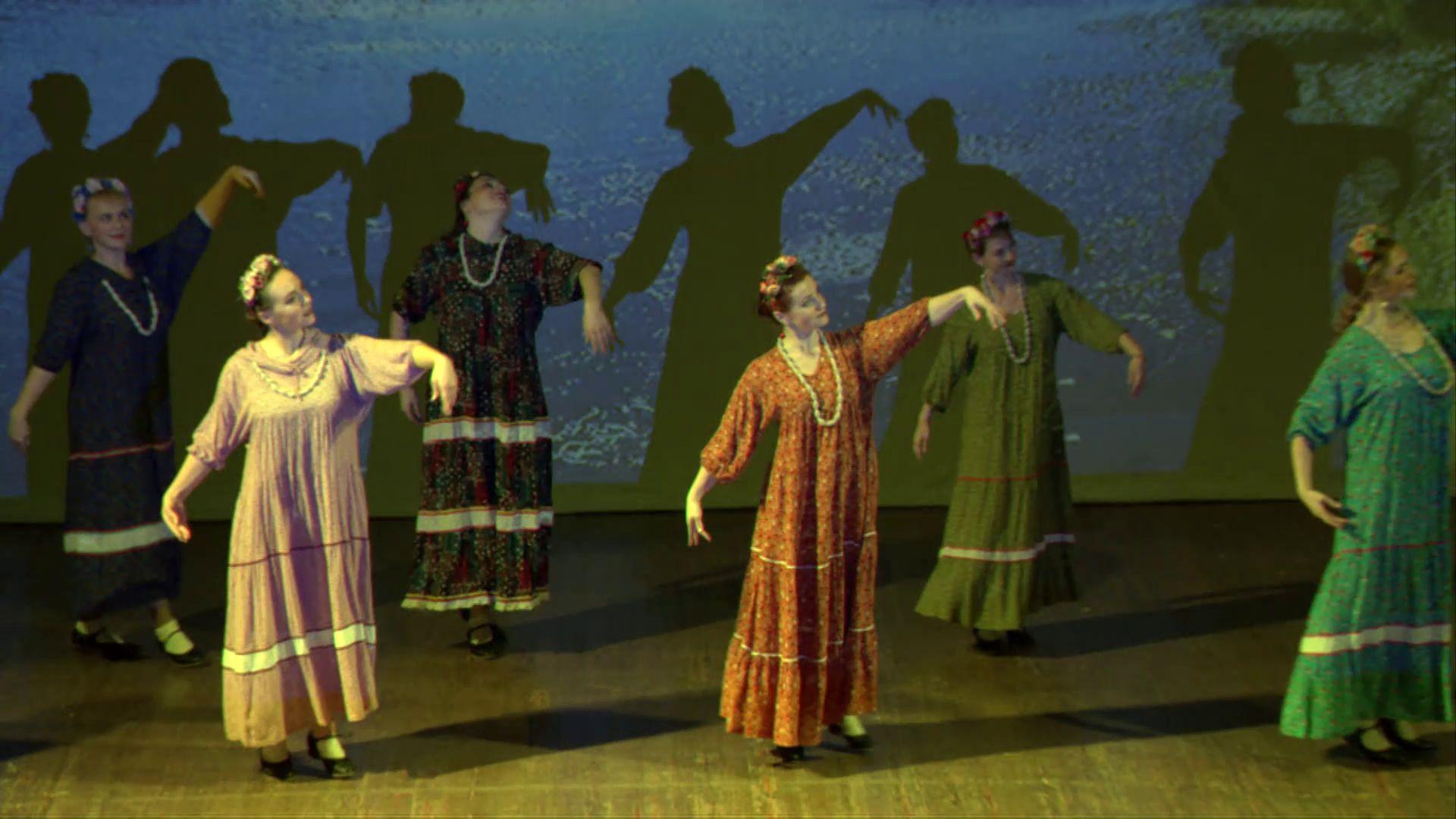 Маленький народный коллектив из Тутаева выступил с большим концертом в Ярославле