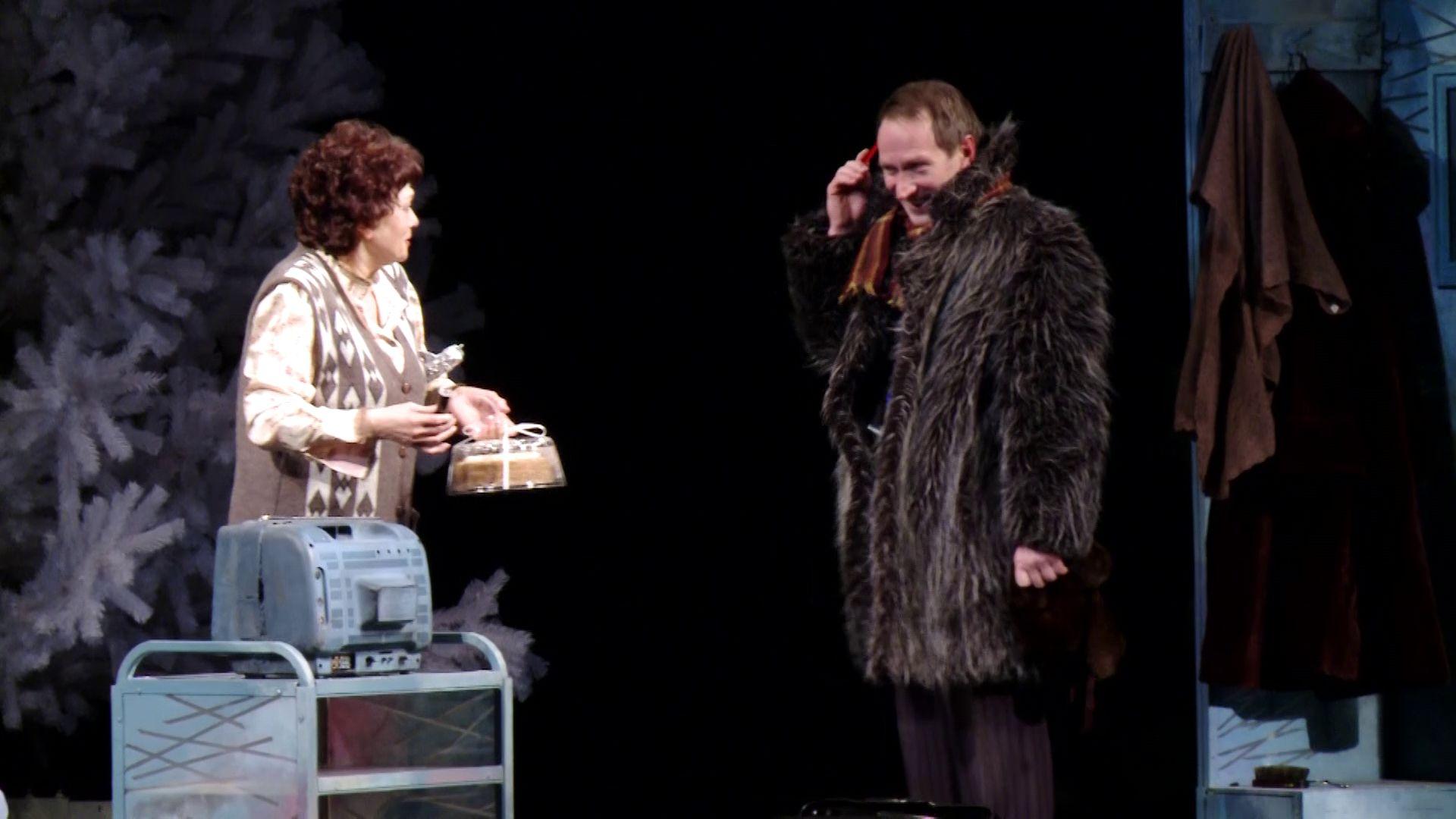 Один из самых любимых ярославской публикой актеров встретил свой юбилей на сцене