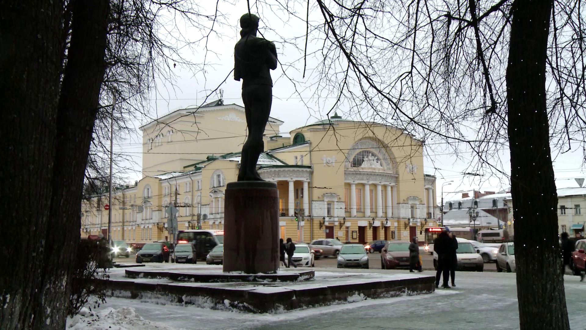 Создавалась десятилетиями: в Ярославле издали книгу «Первый театр России»