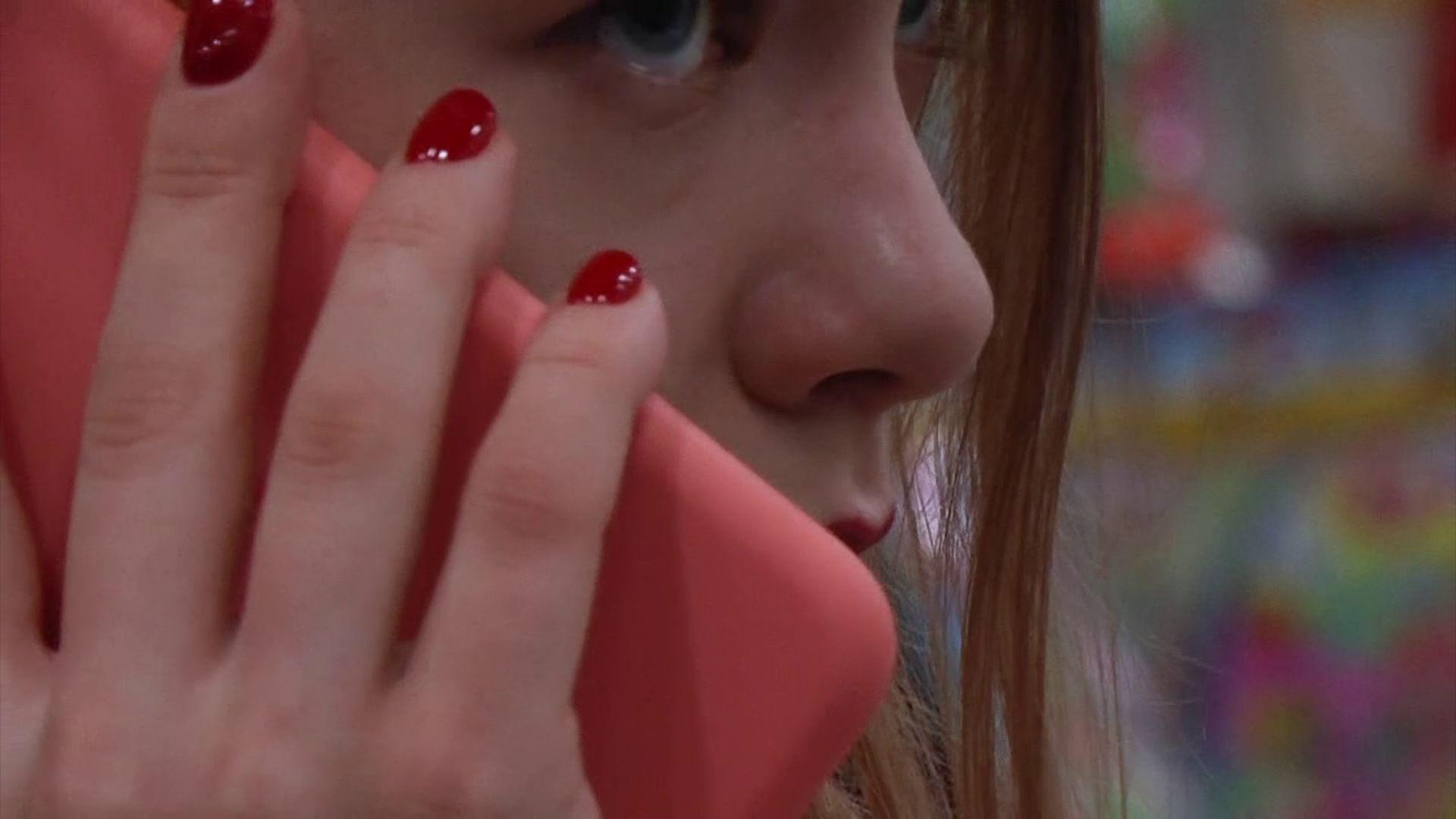 Сотрудники областной полиции создали романтичный ролик о телефонных мошенниках