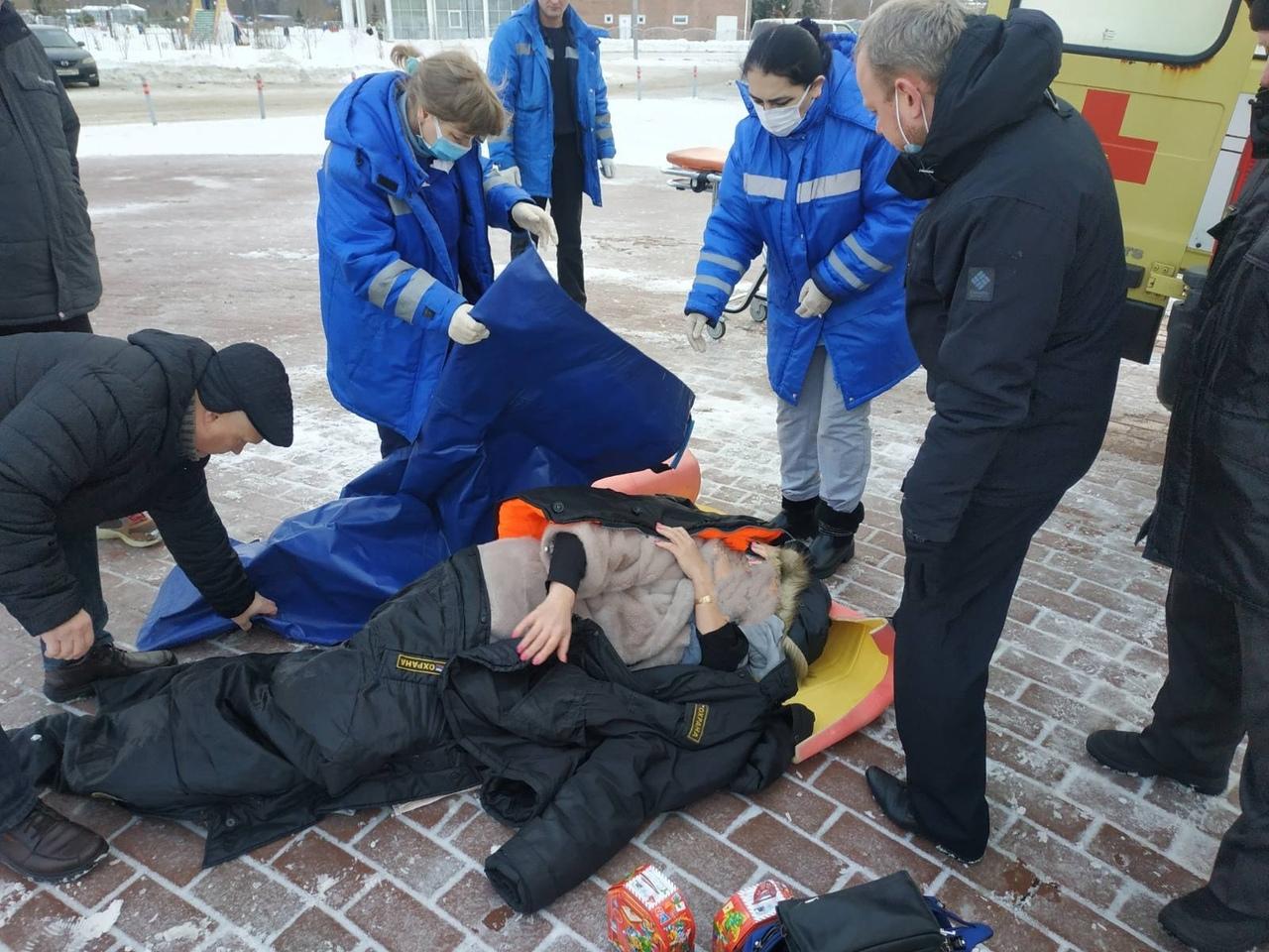 Ярославне, получившей травму при падении, оказали всю необходимую помощь