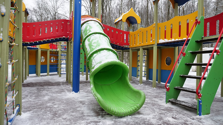 В парке «Нефтяник» доступ на детский городок ограничили после обращений в соцсетях