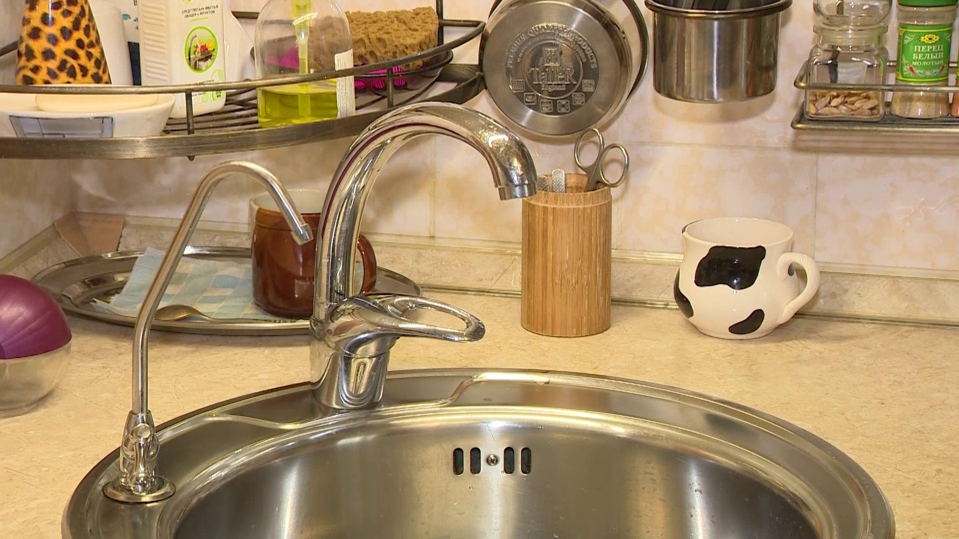 Жители Заволжского района жалуются на качество воды