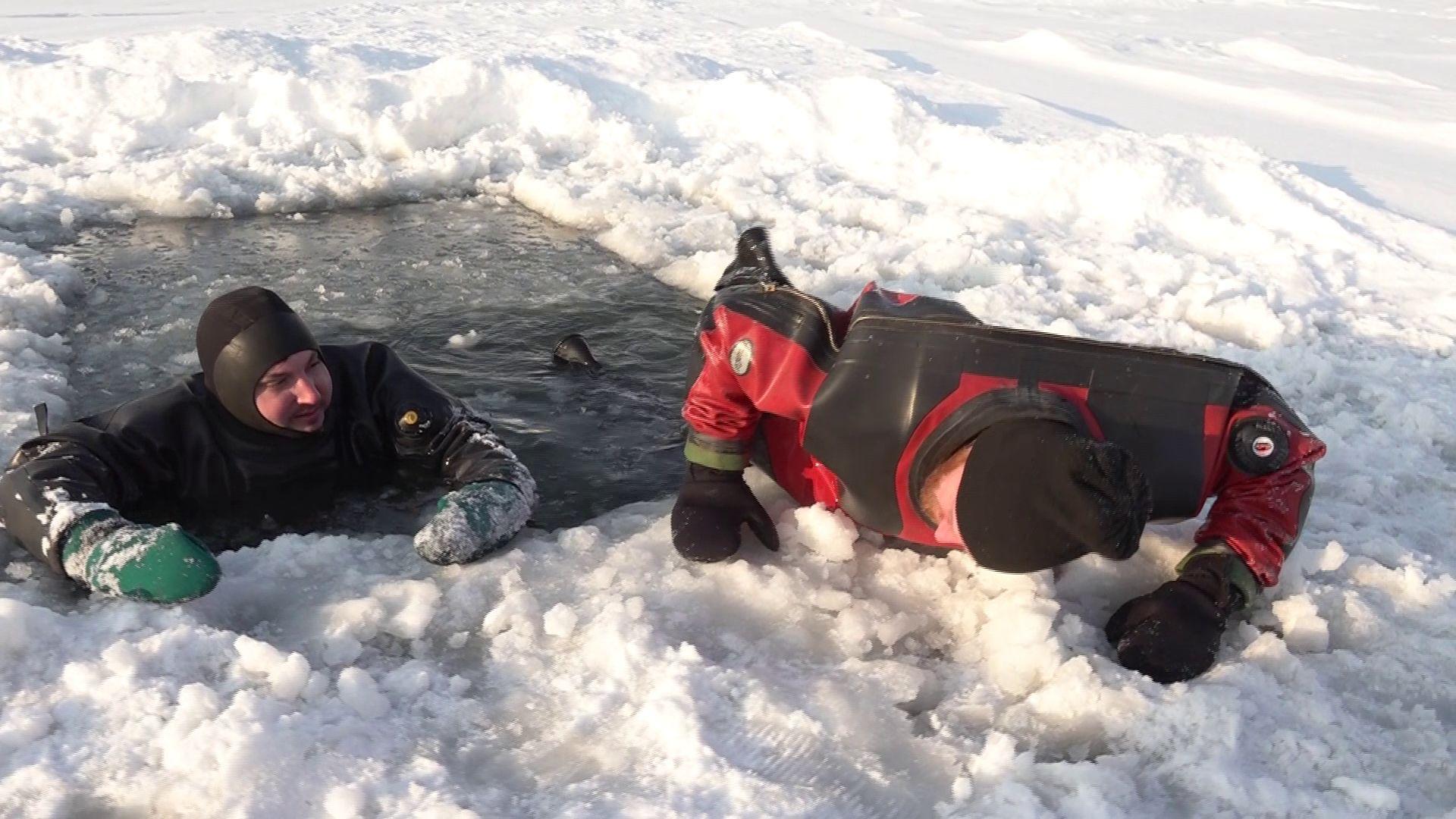 В Ярославле накануне Крещения спасатели провели учения