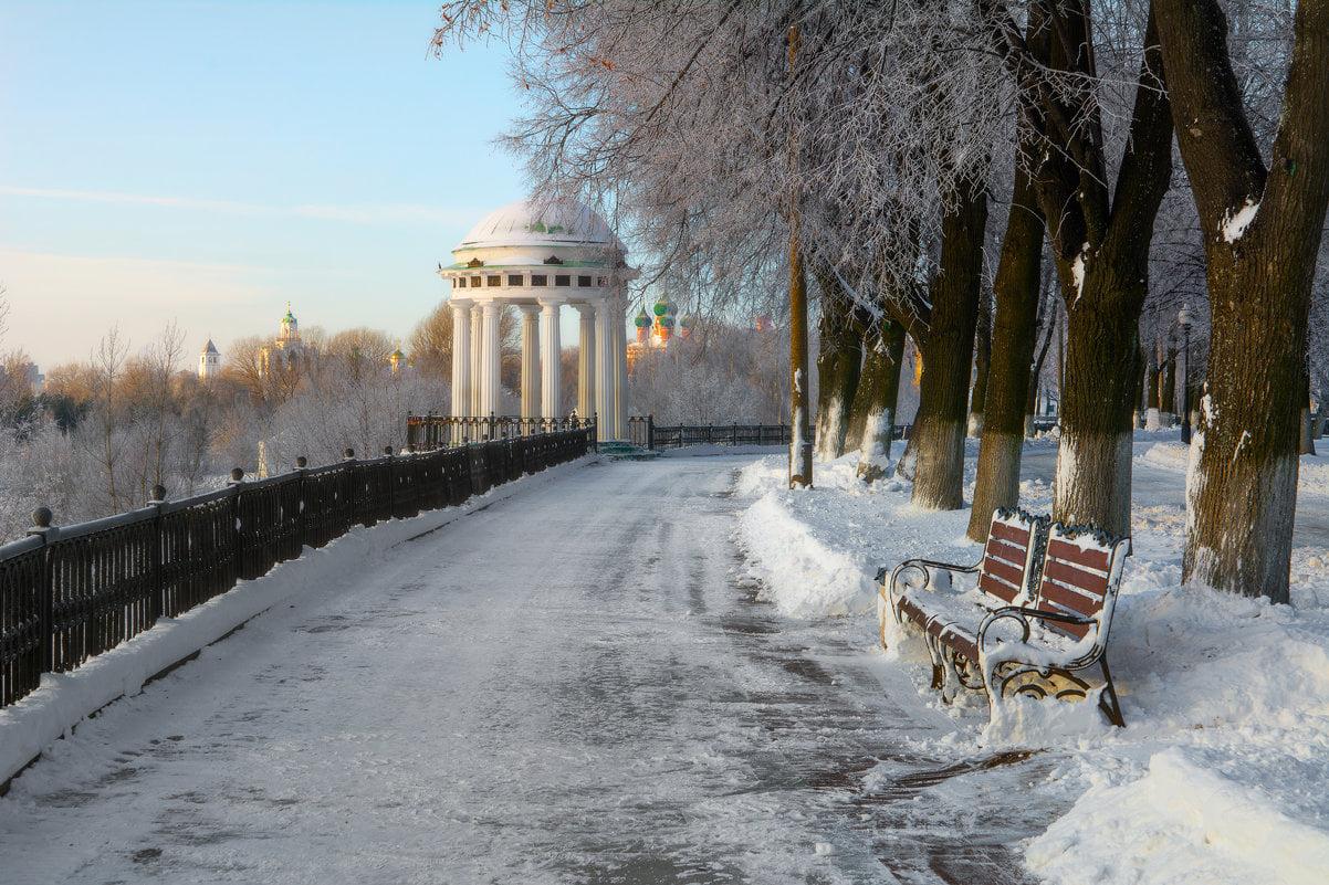 В день юбилея «Золотого кольца» Дмитрий Миронов предложил поделиться воспоминаниями о любимых местах маршрута