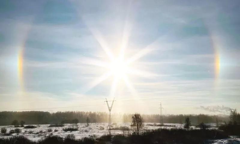 Жители Ярославской области наблюдали гало и световой лес