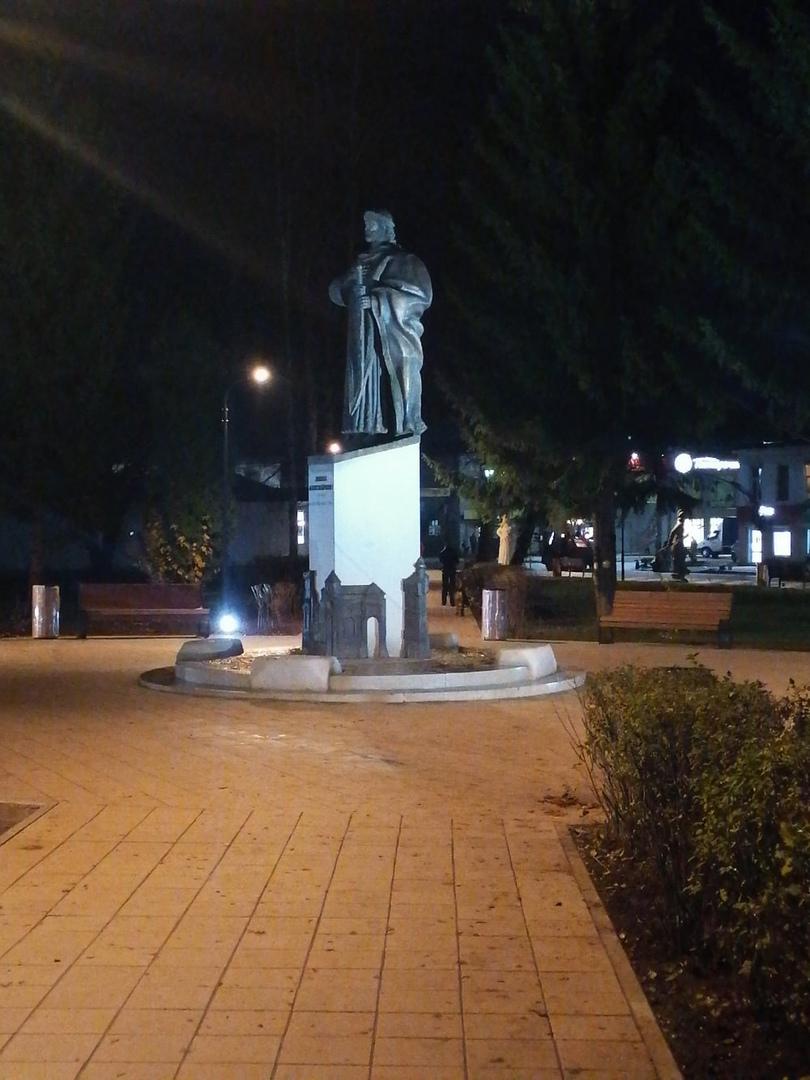 В центре Данилова теперь можно гулять и одновременно изучать историю города