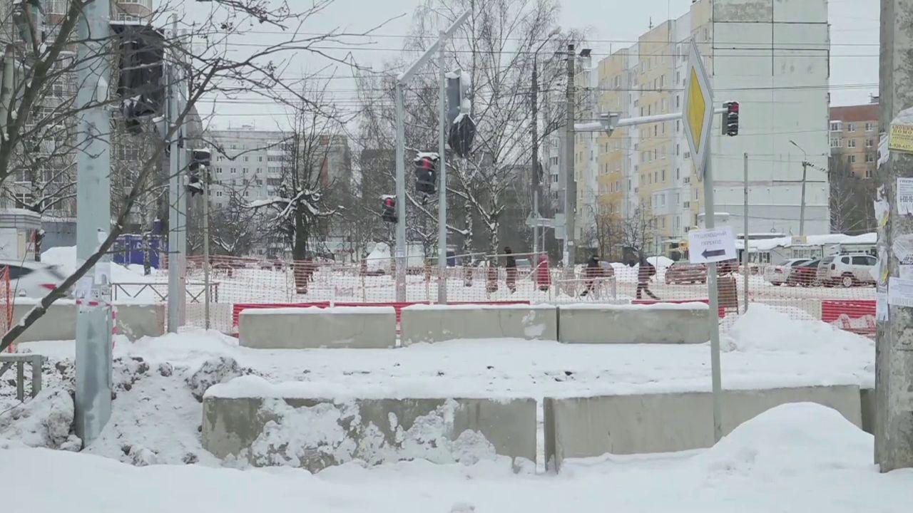 В Заволжском районе Ярославля началась замена ливневого коллектора