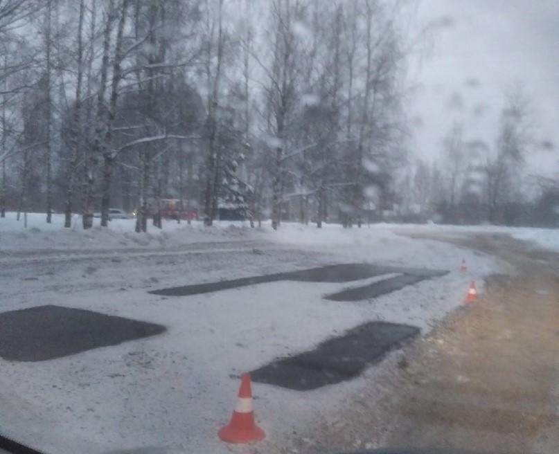 Дорожный активист прокомментировал укладку асфальта на проспекте Машиностроителей в снег