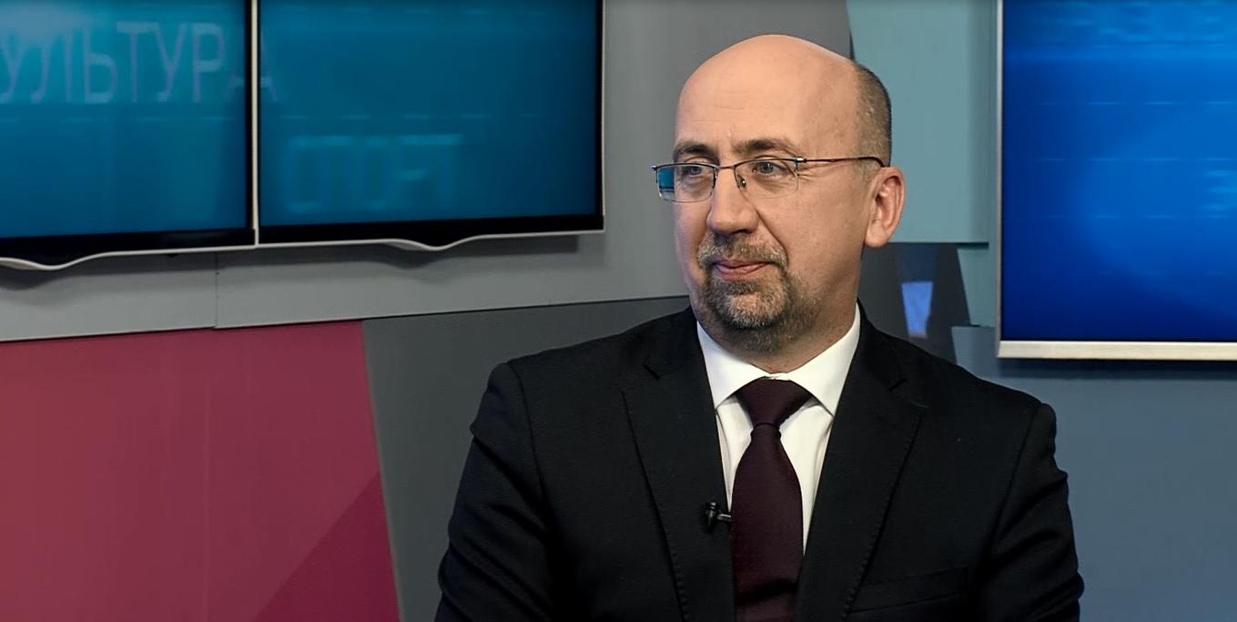 «В тему»: Евгений Гузанов – о работе архивной службы Ярославской области