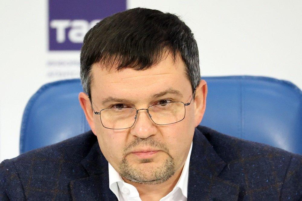 Глава «Почты России» рассказал о дронах, очередях, почтальонах и битве за рынок