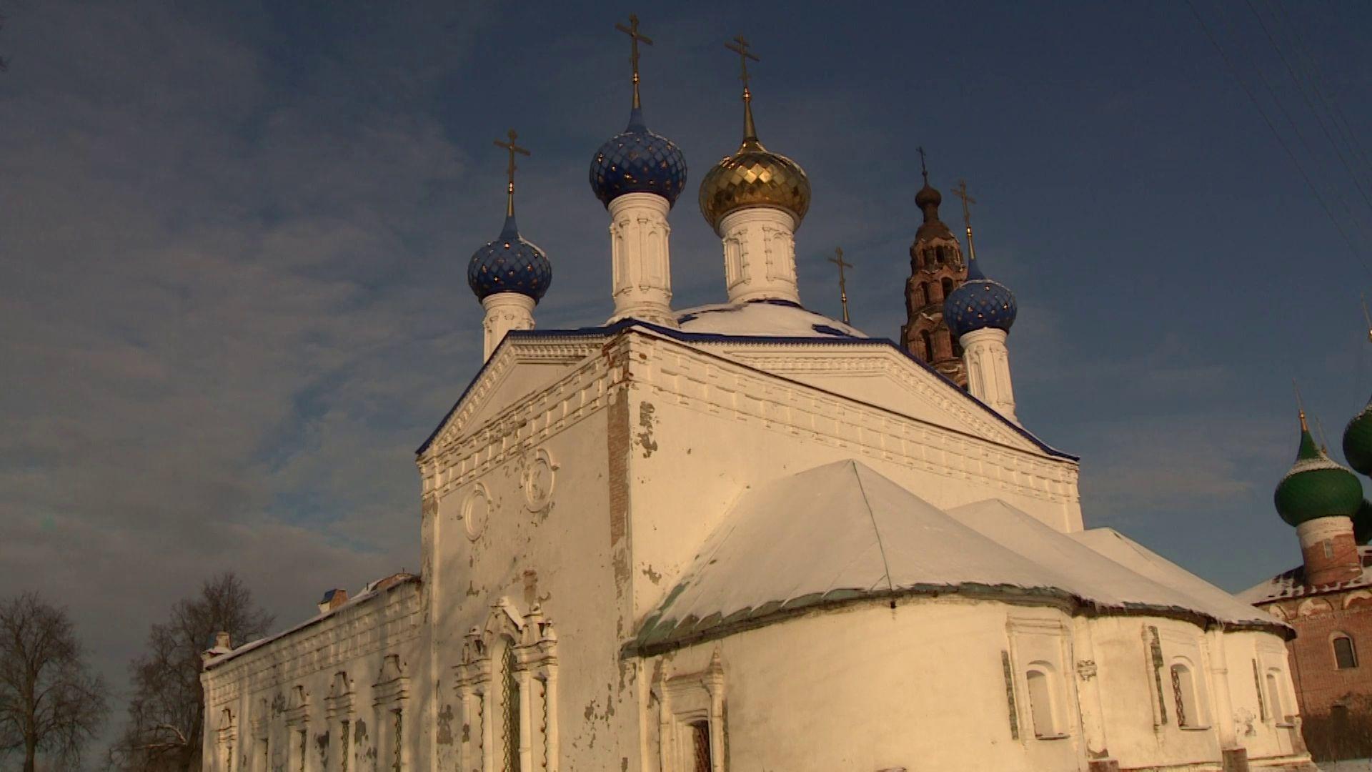 В Покровском храме села Великое украли освещение