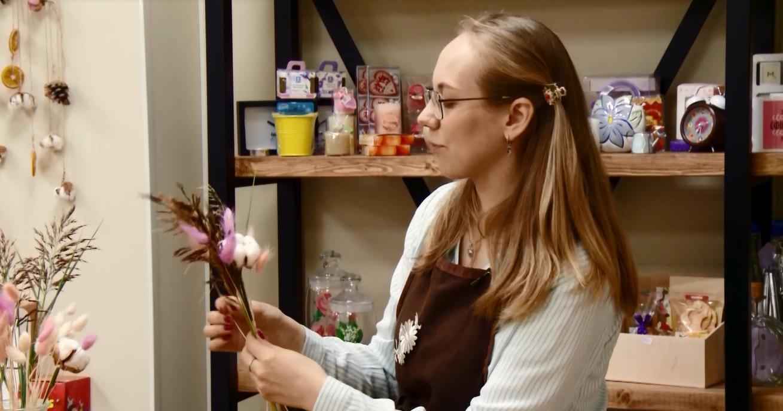 Утреннее шоу «Овсянка» от 05.02.21: читаем антиутопии и создаем букеты из сухоцветов