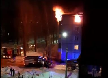 В Дзержинском районе Ярославля дотла выгорела квартира на пятом этаже пятиэтажки