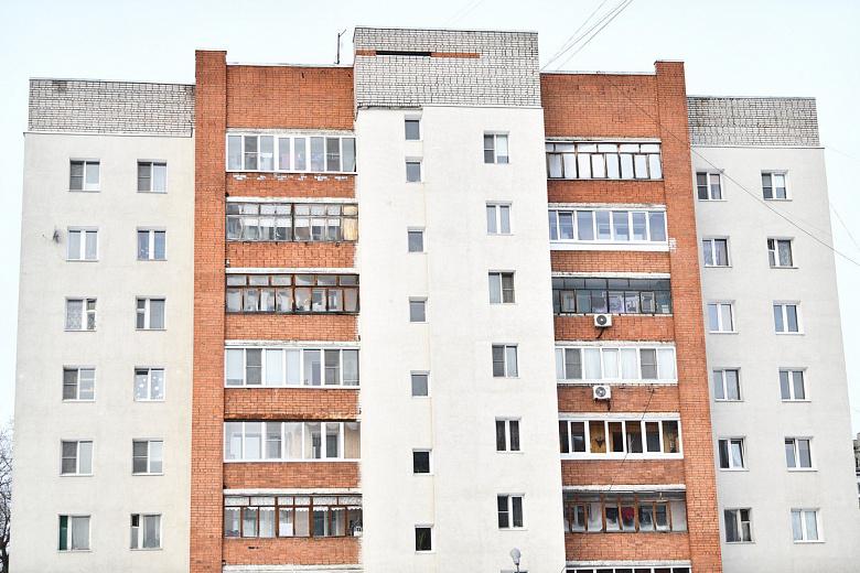 В поселке Прибрежный завершили капремонт многоквартирного дома