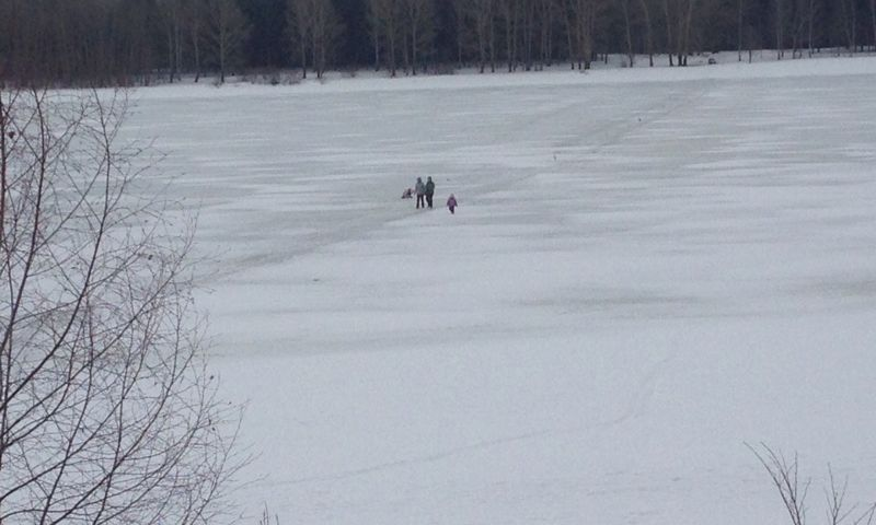 За выезд на лед водоемов ярославцев штрафуют на пять тысяч рублей