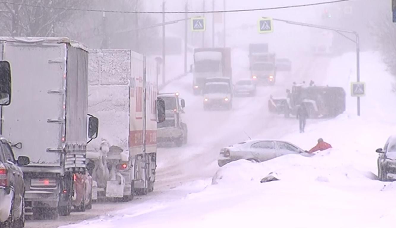 Сроки на исходе: главы районов Ярославской области отчитались об уборке снега