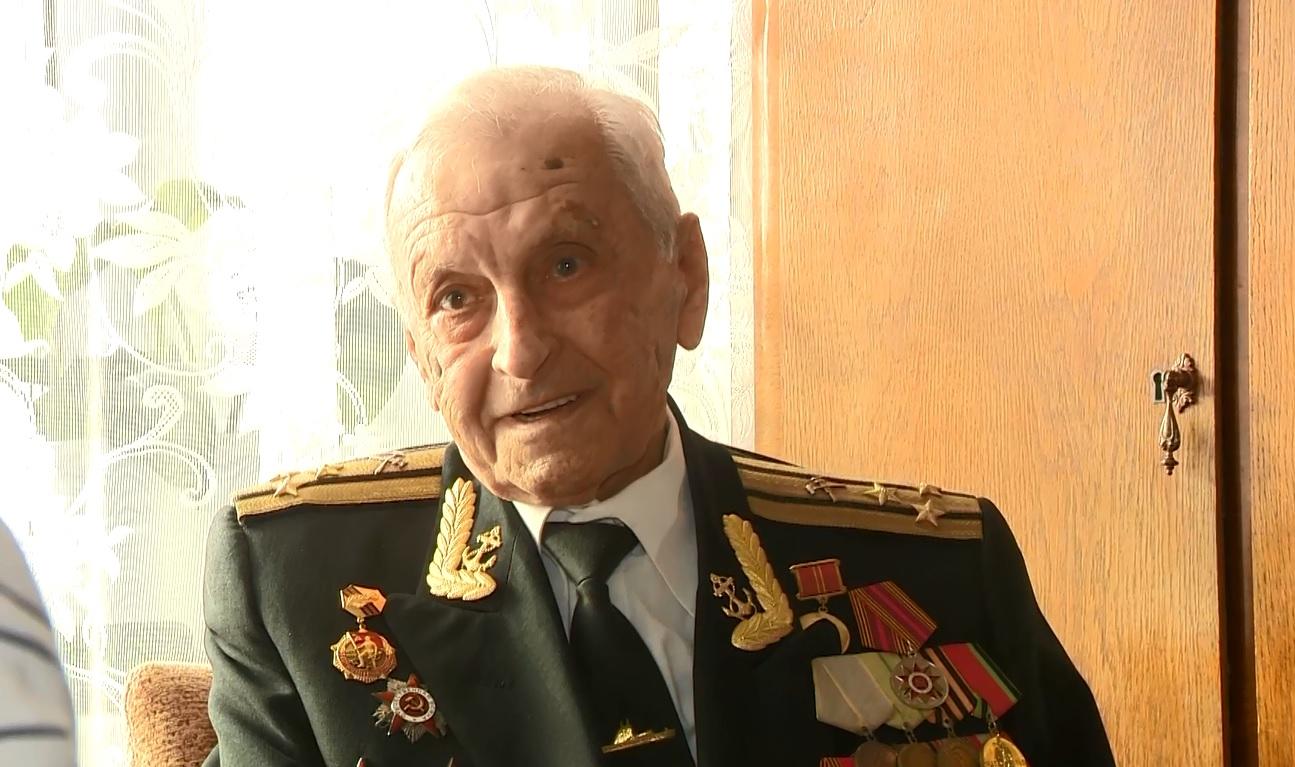 Ярославские ветераны принимают поздравления ко Дню защитника отечества