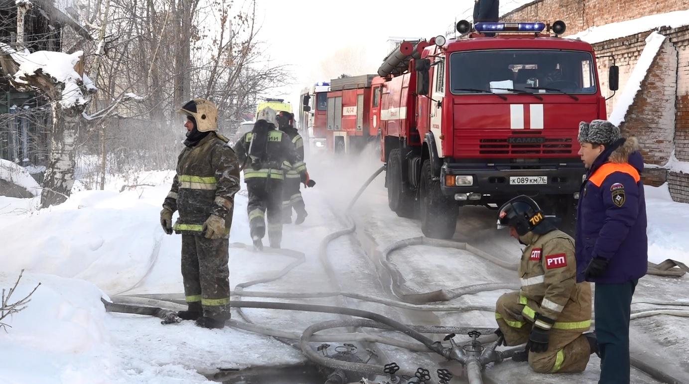 В Ярославле в страшном пожаре погибла пожилая женщина