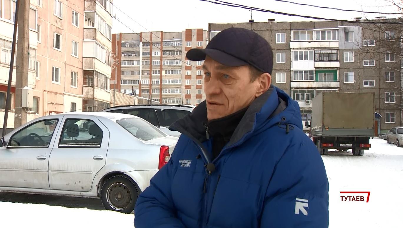 Знать героя в лицо: в Ярославской области мужчина спас из горящей квартиры девочку