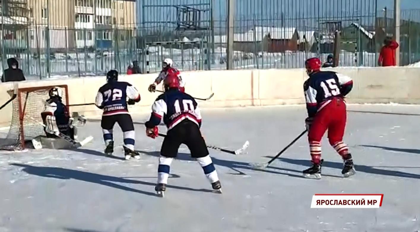 Под Ярославлем прошел хоккейный турнир памяти погибшего сотрудника ОМОНа