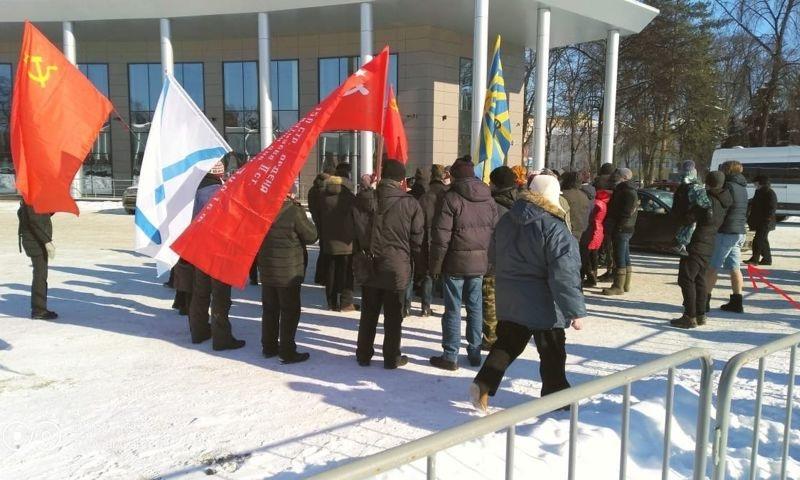«Что они хотели сказать?»: ярославцев удивил малочисленный митинг в центре города в 20-градусный мороз