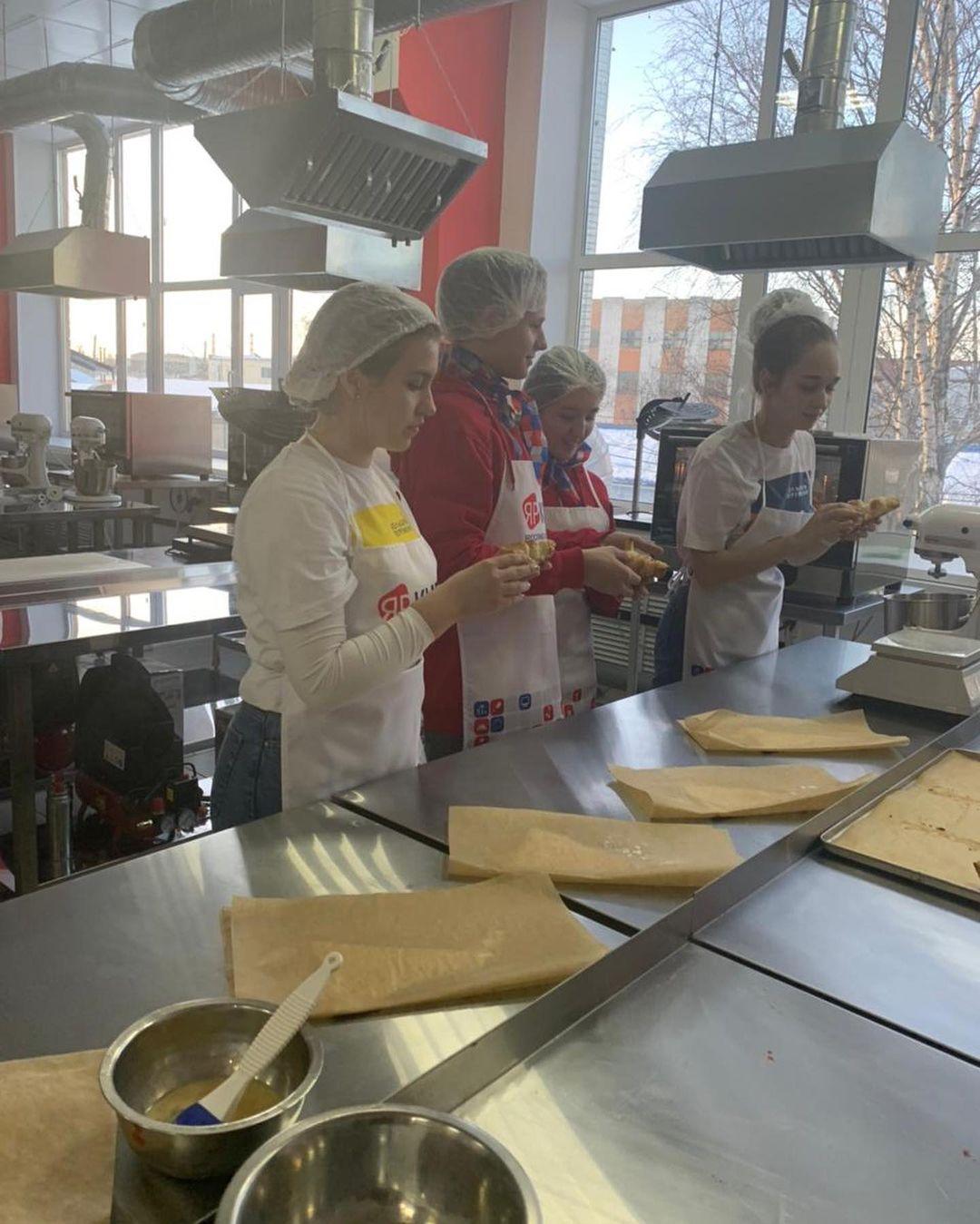 Ярославские школьники примут участие во всероссийских праздничных акциях