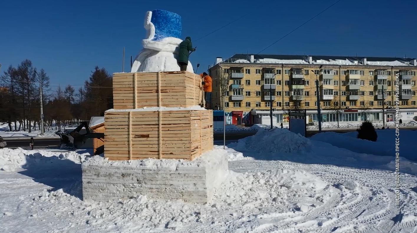 Центр Рыбинска украсит снеговик-гигант