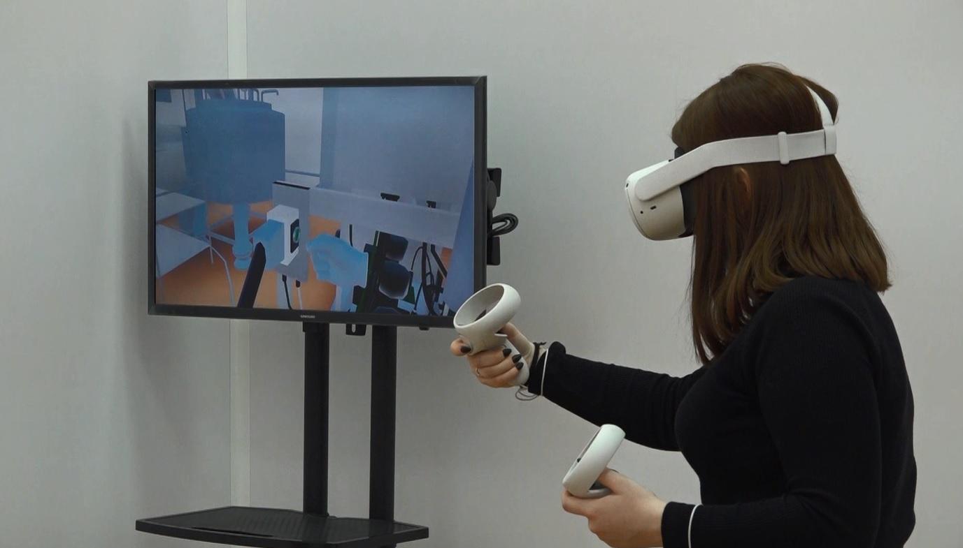 Ярославские студенты-химики проходят виртуальную практику