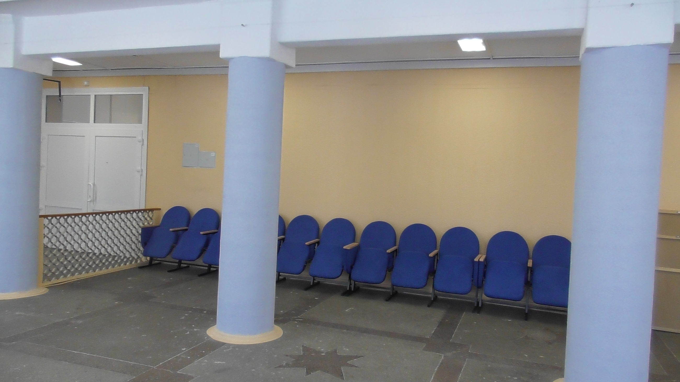 В поселке Каменники после капитального ремонта открылся местный клуб