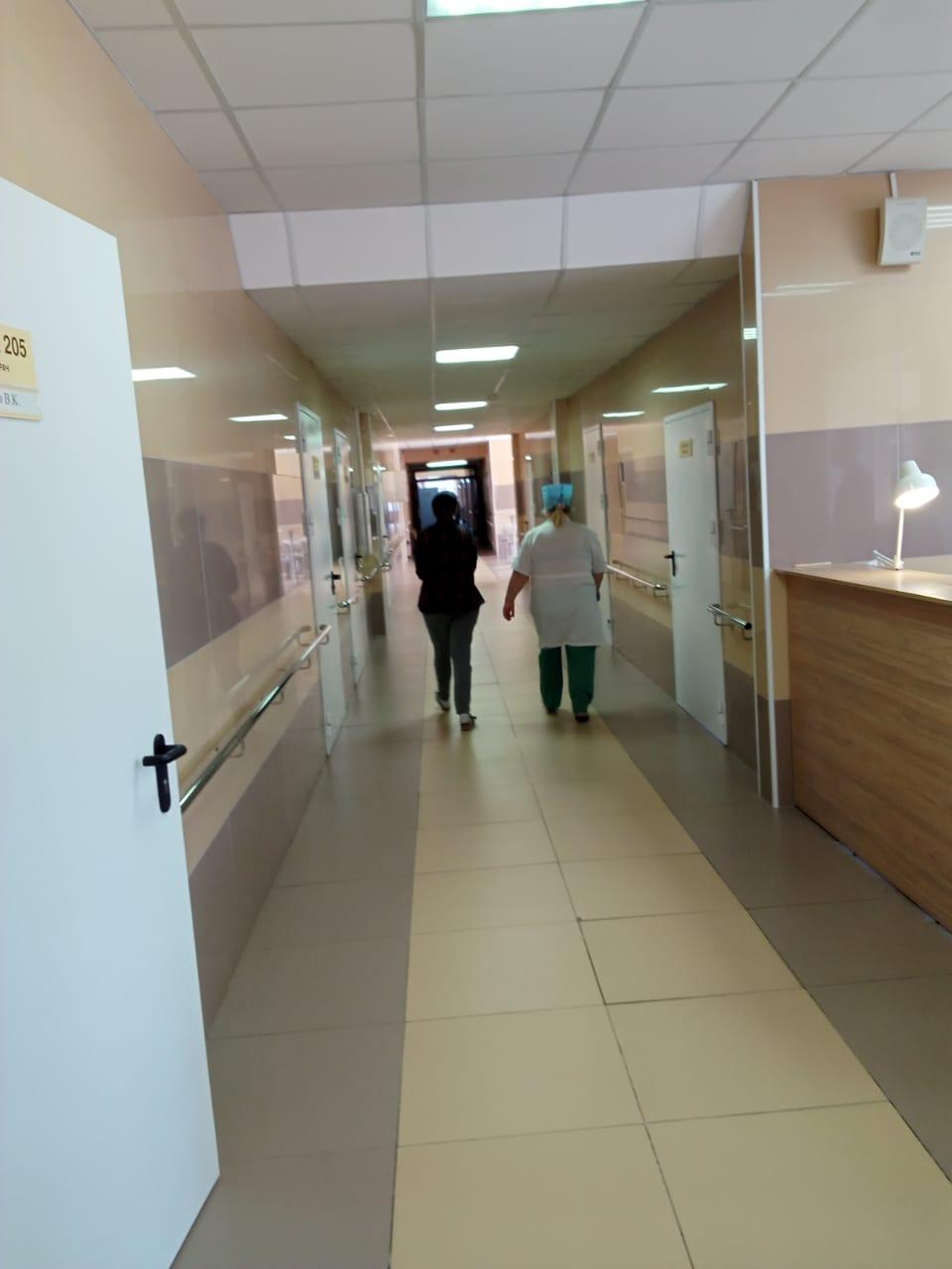 Ярославские больницы продолжают возвращаться к доковидному режиму работы
