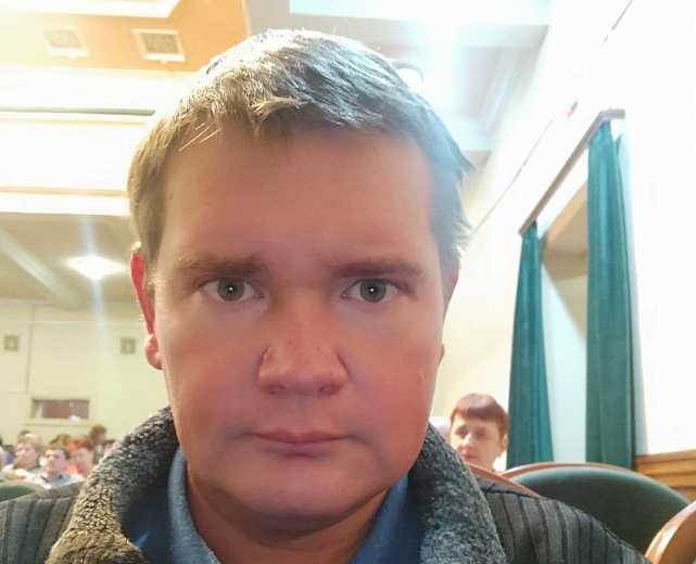 Политолог Андрей Становой поделился мнением о двух важнейших в истории страны мартовских референдумах