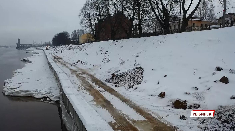 В Казанском районе Рыбинска завершили работы над берегоукреплением набережной