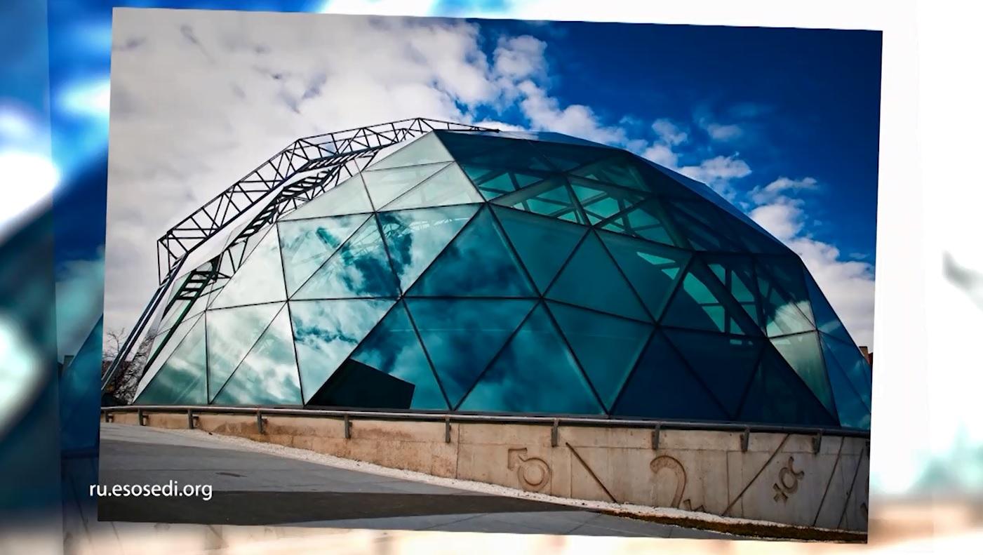 Утреннее шоу «Овсянка» от 16.03.21: знакомимся с руководителем ассоциации планетариев и продолжаем гулять по музею «Фабрика»