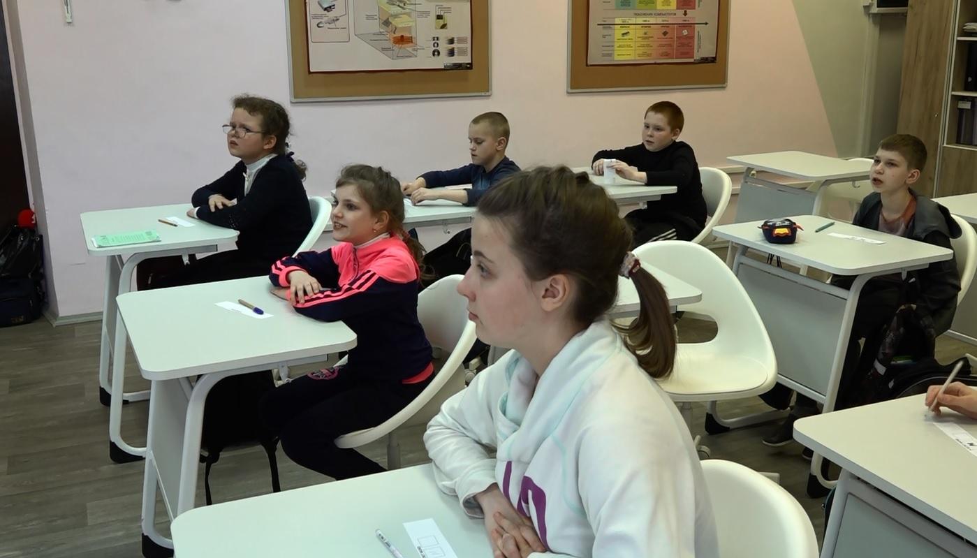 «Образован и Я»: в ярославской школе-интернате ввели уроки иностранного языка для детей с особенностями здоровья