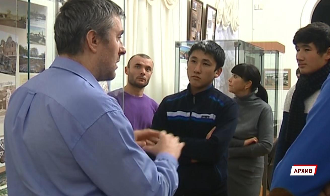 В прошлом году в Ярославскую область приехало вдвое меньше мигрантов