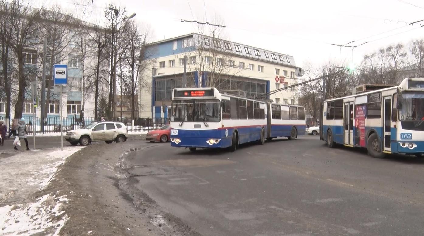 И снова коллапс на дорогах Ярославля: новые правила посадки в электротранспорт могут пересмотреть