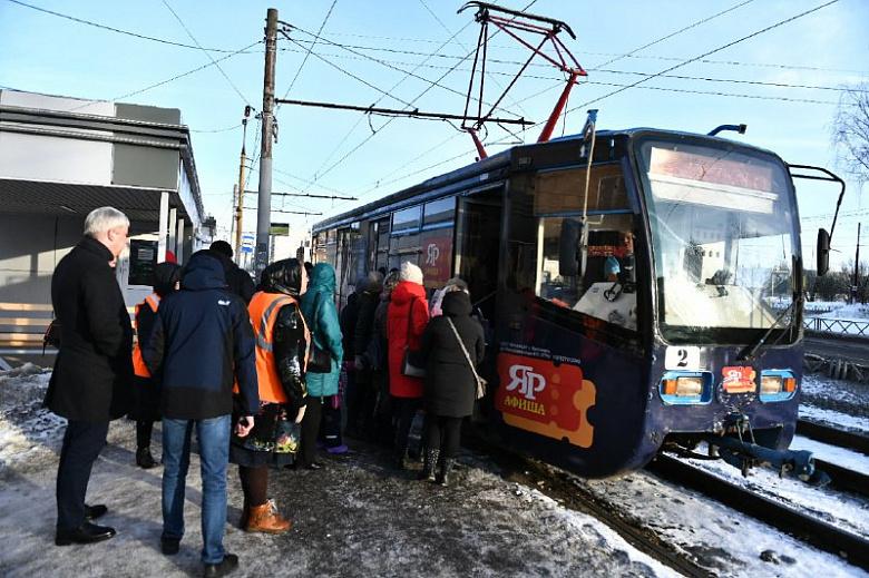 В трамваях с кондукторами в Ярославле сохранят прежний порядок посадки и высадки пассажиров