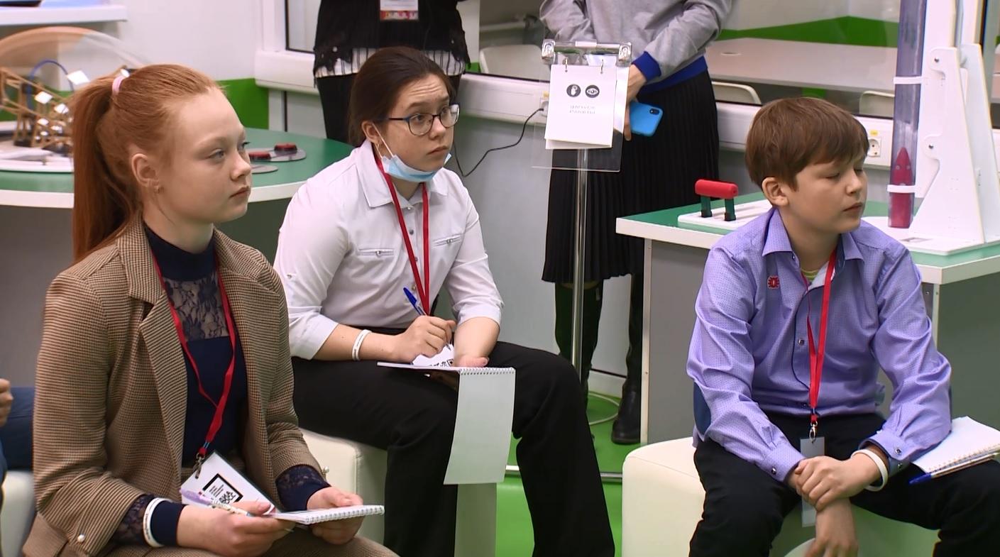 На областном фестивале журналистики юных ярославцев учат, как стать известным и хорошим автором