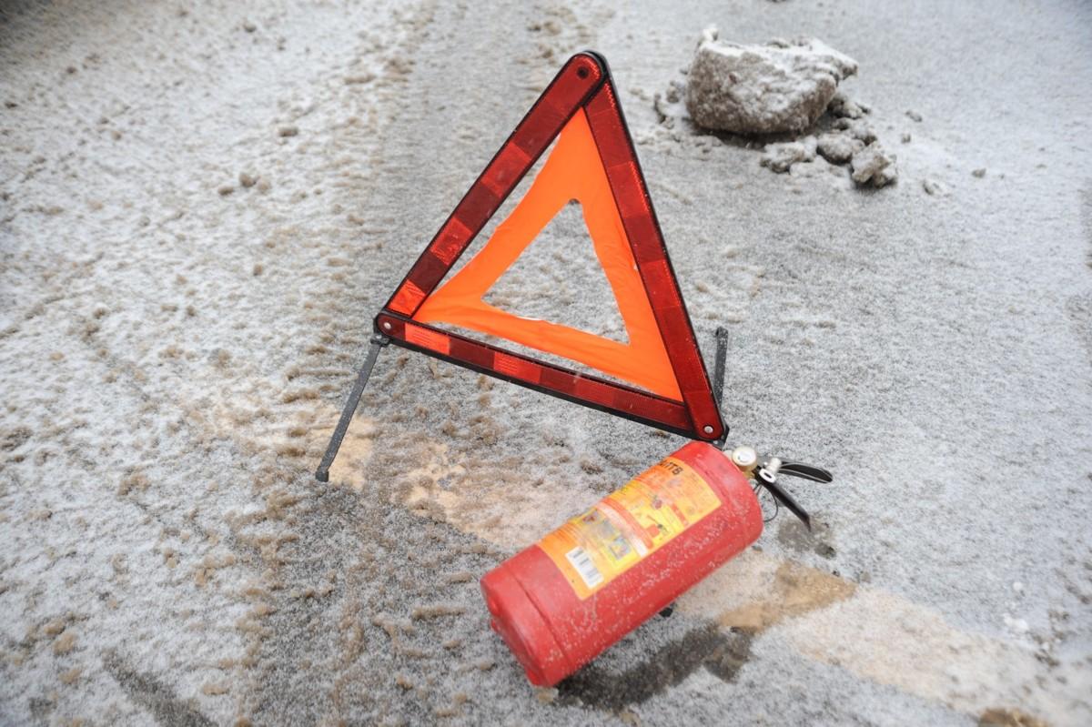 На трассе Ярославль – Рыбинск «Фольксваген» насмерть сбил пешехода