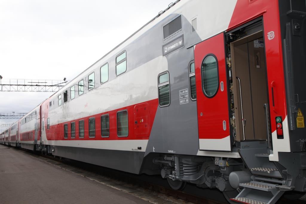 Двухэтажный поезд запустят из Санкт-Петербурга в Ярославль