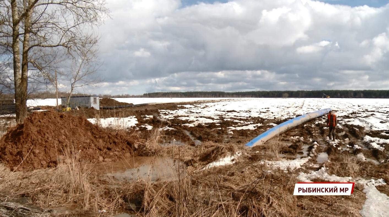 Новый коллектор в Рыбинском районе позволит сбрасывать в Волгу достаточно очищенные стоки