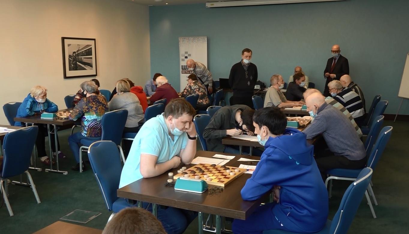 В Ярославле стартовал чемпионат России по шашкам среди слепых