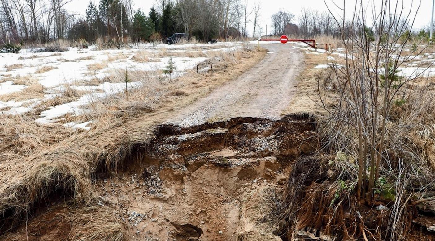 Деревню в Ярославской области отрезало от «большой земли»