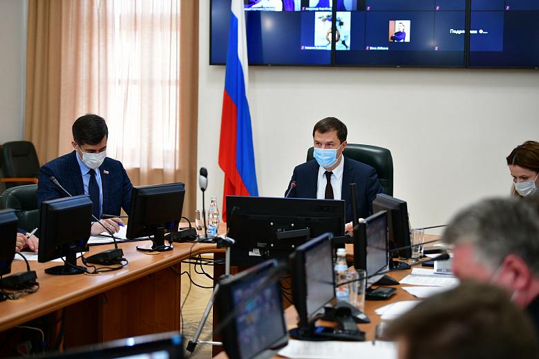 Мэр Ярославля назвал срок, к которому город должен быть идеально убран