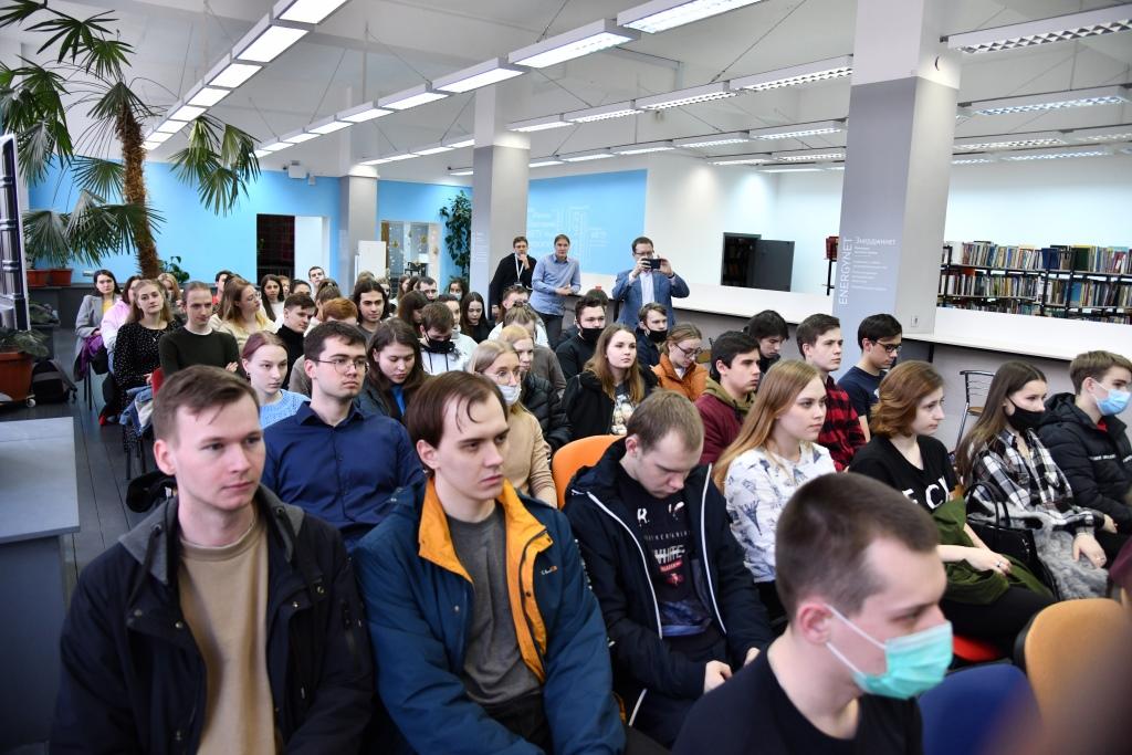 Ярославцам рассказали о современных медиатехнологиях