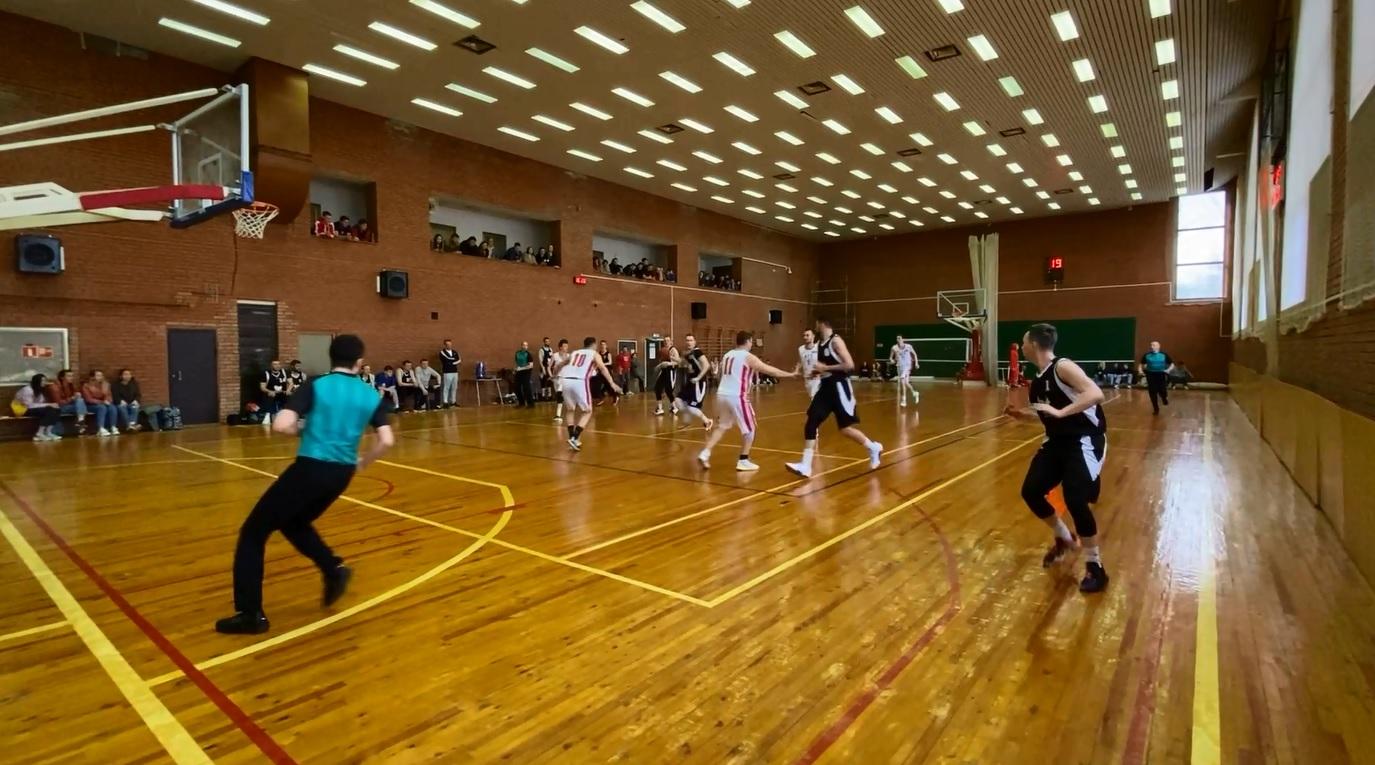 Ярославцы стали вторыми на любительском турнире лиги Золотого кольца по баскетболу