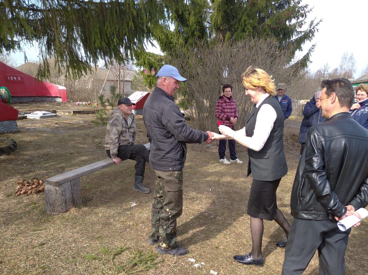 В деревне Большесельского района планируют благоустроить стелу памяти погибших воинов